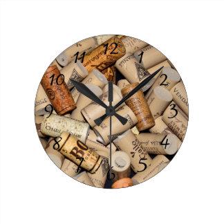 Corchos del vino reloj redondo mediano