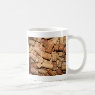 Corchos del vino taza de café