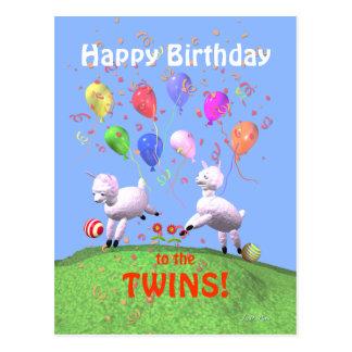 Corderos del feliz cumpleaños para los gemelos postal