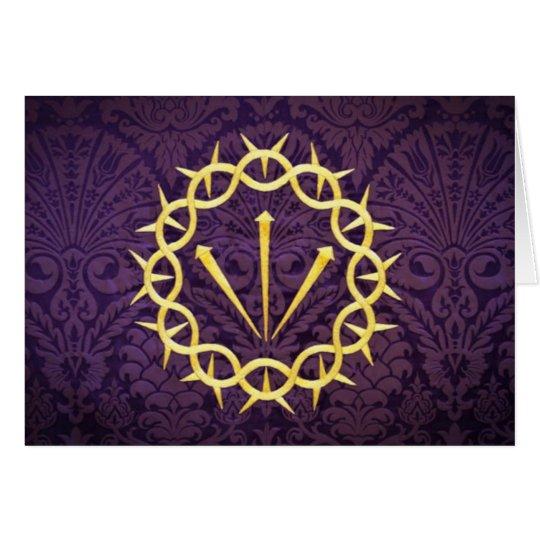 Corona del oro de espinas en fondo púrpura oscuro tarjeta de felicitación