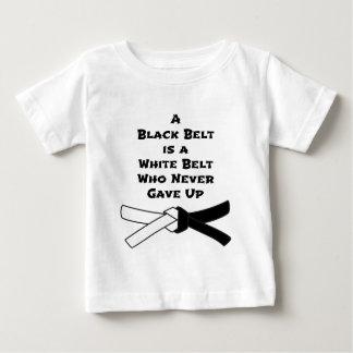 Correa negra camiseta de bebé