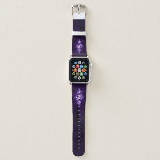 Correa Para Apple Watch Fractal blanco en fondo púrpura