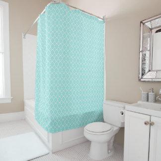 Cortina de ducha azul y blanca de Quatrefoil