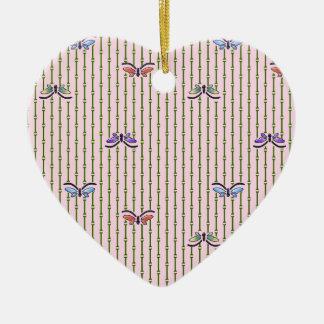 cortina del mariposa y de bambú adorno de cerámica en forma de corazón