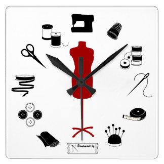 Cosa a la derecha reloj cuadrado