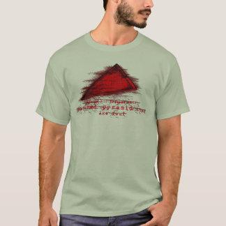 Cosa roja de la pirámide camiseta