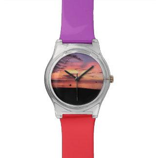 Costa de la puesta del sol reloj de pulsera
