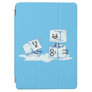 Cover De iPad Air agua helada del cubo de los cubos de hielo que