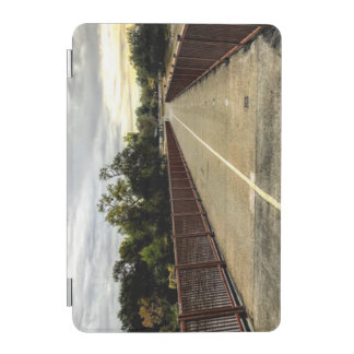 Cover De iPad Mini Cruzar el puente