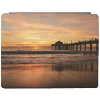 Cover De iPad Puesta del sol de la playa del embarcadero