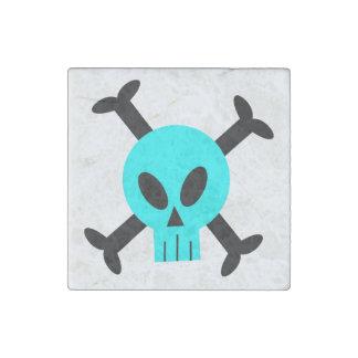 Cráneo azul e imán de piedra de la bandera pirata