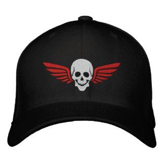 Cráneo con alas gorra de béisbol