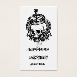 Cráneo con el artista del tatuaje de la corona tarjeta de visita