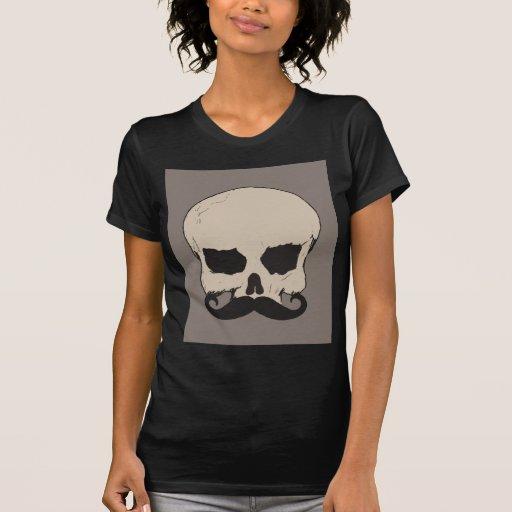 Cráneo con un bigote camisetas