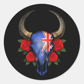 Cráneo de Bull de la bandera de Nueva Zelanda con Etiquetas Redondas