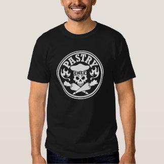 Cráneo del chef de repostería y bolsos cruzados de camisas