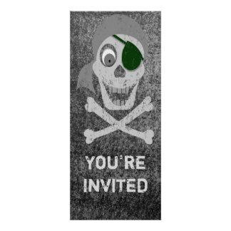 Cráneo del pirata y invitación de la bandera pirat