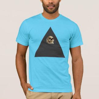 Cráneo dentro del triángulo camiseta