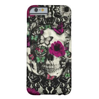 Cráneo gótico del cordón del Victorian con acentos Funda De iPhone 6 Barely There