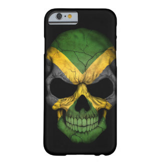 Cráneo jamaicano de la bandera en negro funda de iPhone 6 barely there