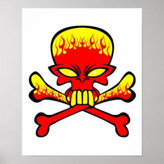 Cráneo llameante y bandera pirata póster