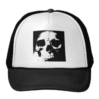 Cráneo negro y blanco gorros bordados