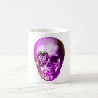 Cráneo púrpura de la tarjeta del día de San Valent Tazas