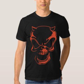 Cráneo rojo oscuro del demonio camiseta