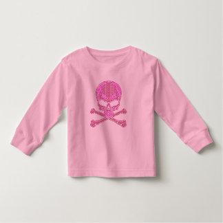 Cráneo rosado impreso y bandera pirata del camisas