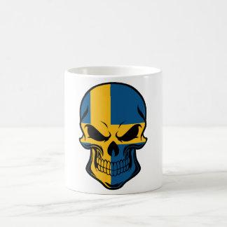 Cráneo sueco de la bandera taza de café