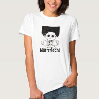 Cráneo y bandera pirata de Marrrriachi Camiseta