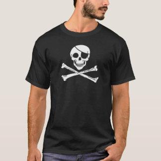 Cráneo y bandera pirata del pirata camiseta