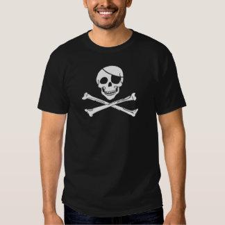 Cráneo y bandera pirata del pirata camisetas