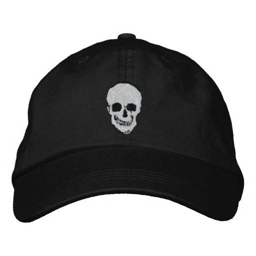 Cráneo y bandera pirata gorras bordadas