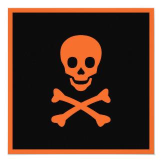 Cráneo y bandera pirata comunicado