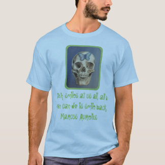 Cráneo y camisa estoica de la cita