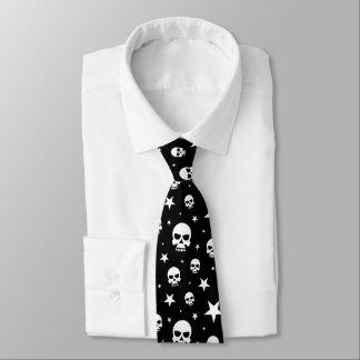 Cráneo y estrellas fantasmagóricos de Halloween Corbata Personalizada