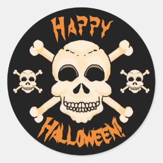 Cráneo y pegatinas de Halloween de la bandera Pegatina Redonda