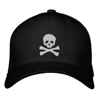 Cráneo y pirata cabidos de la bandera pirata gorra de béisbol bordada