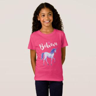 Crea con unicornio en acuarelas en colores pastel camiseta
