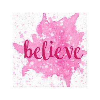 Crea el arte rosado de la pared