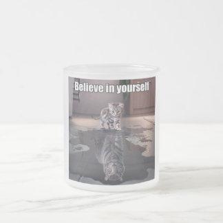 """""""Crea en sí mismo"""" la taza del vidrio esmerilado"""