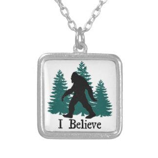Creo Bigfoot Collar Plateado