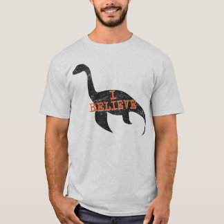 Creo (en Nessie) la camiseta