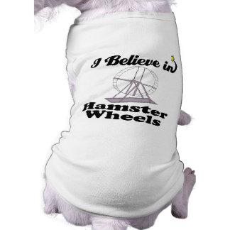 creo en ruedas del hámster camiseta sin mangas para perro