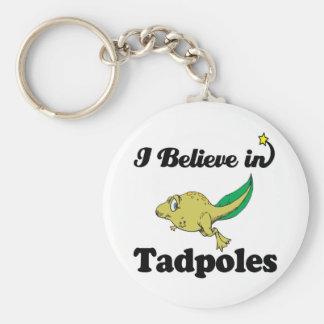 creo en tadpoles llavero redondo tipo chapa