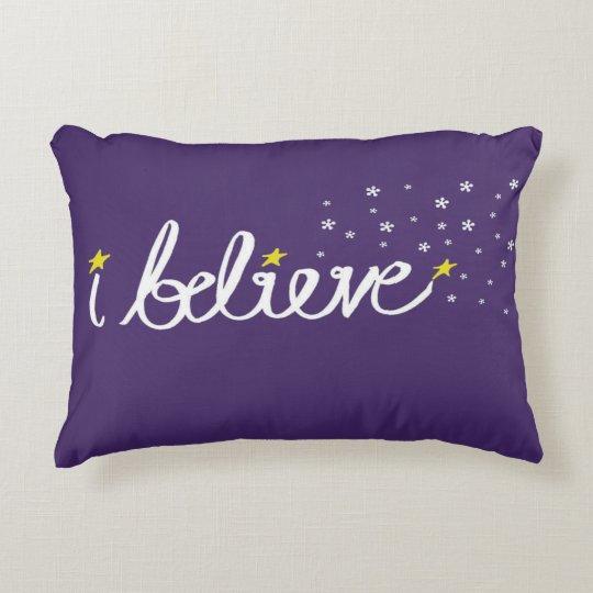 Creo la almohada del acento