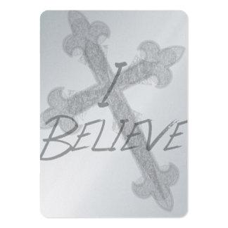 Creo tarjetas cruzadas del negocio o de visita del plantillas de tarjeta de negocio