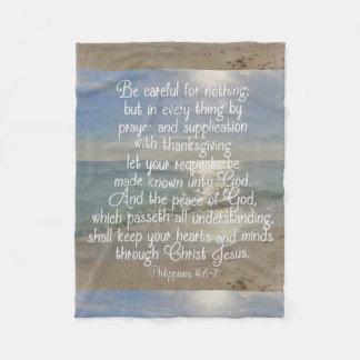 Cristiano de la playa del verso de la biblia de la manta polar