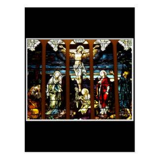 Crucifixión - Jesús en el cruzado (vitral) Postal